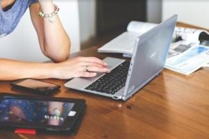 Платформы Au Pair или Facebook – где искать?