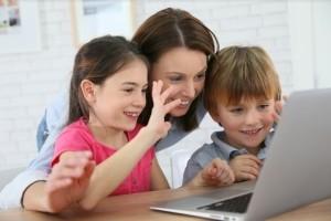 3 Façons de trouver une Fille au Pair / une Famille d'Accueil